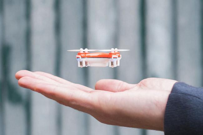 HI-TECH : le plus petit drone du monde 1