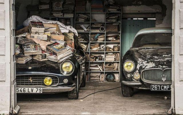 60 voitures anciennes, estimées à plus de 15 millions d'euros, ont été retrouvées après 50 ans passés dans une ferme française 5