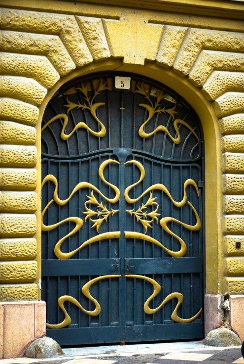 DECO : les plus belles portes du monde 24