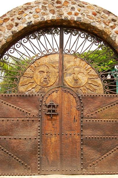 DECO : les plus belles portes du monde 7