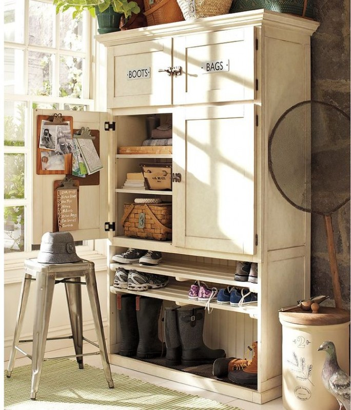 armoire chaussure fait maison. Black Bedroom Furniture Sets. Home Design Ideas