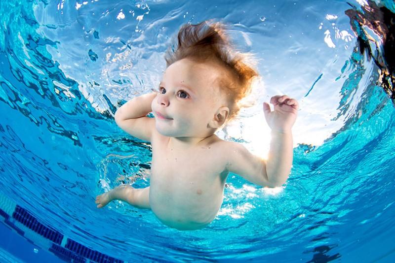 bebe sous l'eau 11