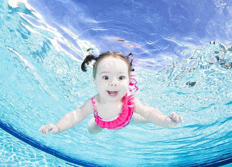 bebe sous l'eau 7