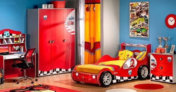 12 chambres inspir es de l 39 univers disney for Chambre cars