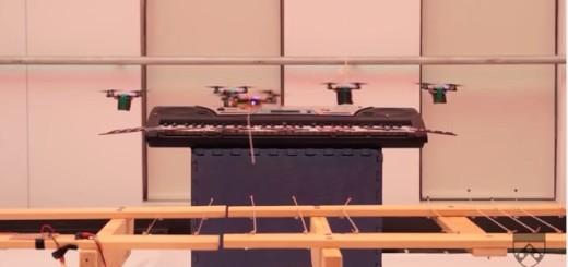 PERFORMANCE: Des drones sur un air de James Bond