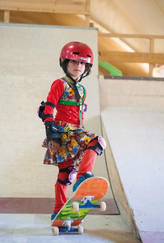 filles-afghanes-skateboard-2