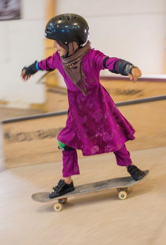 filles-afghanes-skateboard-4