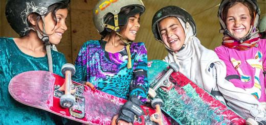 """L'organisation """"Skateistan"""" offre aux jeunes filles afghanes la possibilité de découvrir le skateboard 7"""