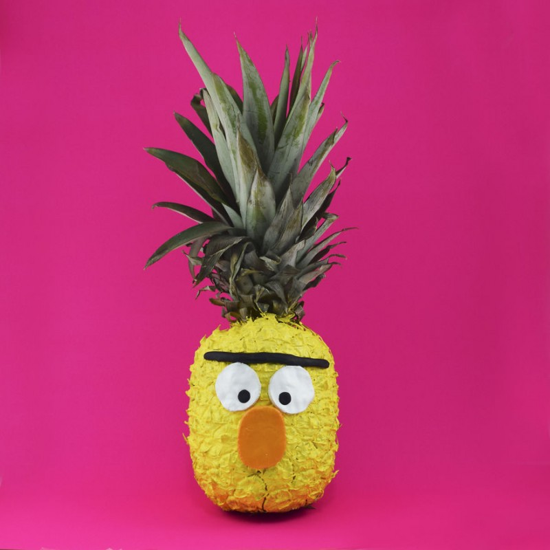 Une artiste utilise les fruits pour réaliser des créations amusantes 12