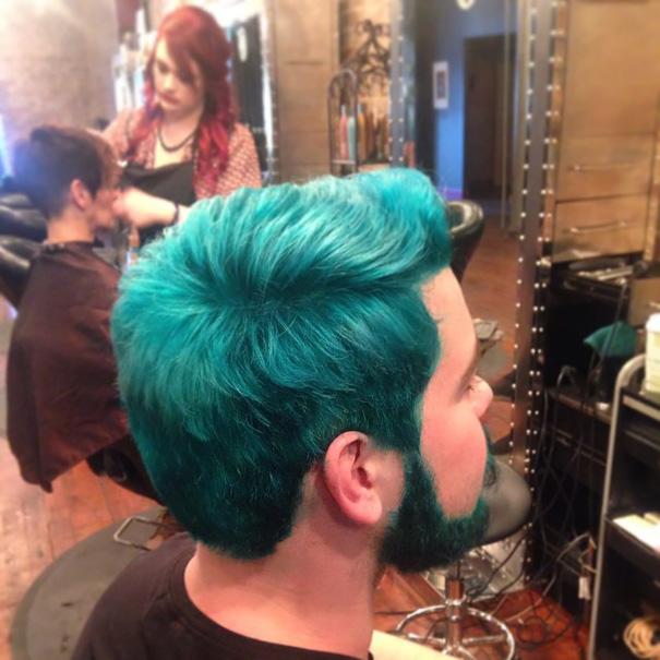 homme-cheveux-colores-12