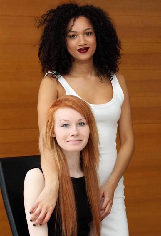 INCROYABLE : ces deux filles sont de vraies jumelles ! 3