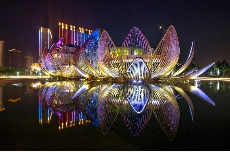 CHINE : visitez le magnifique Lotus Building 3