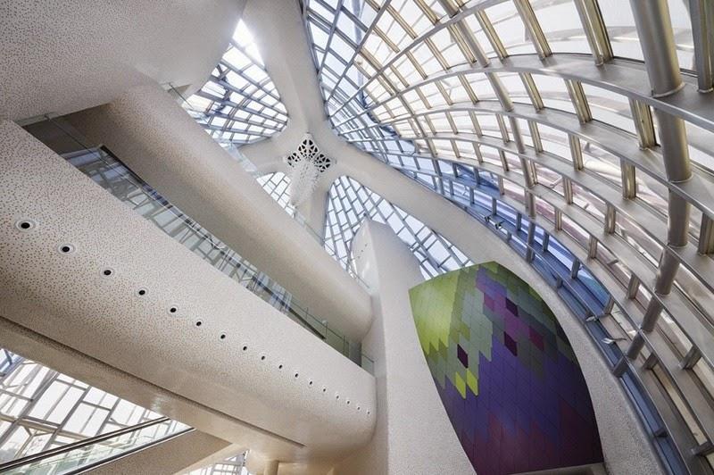 CHINE : visitez le magnifique Lotus Building 9