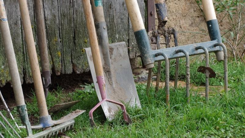 Nettoyer vos vieux outils de jardin 1