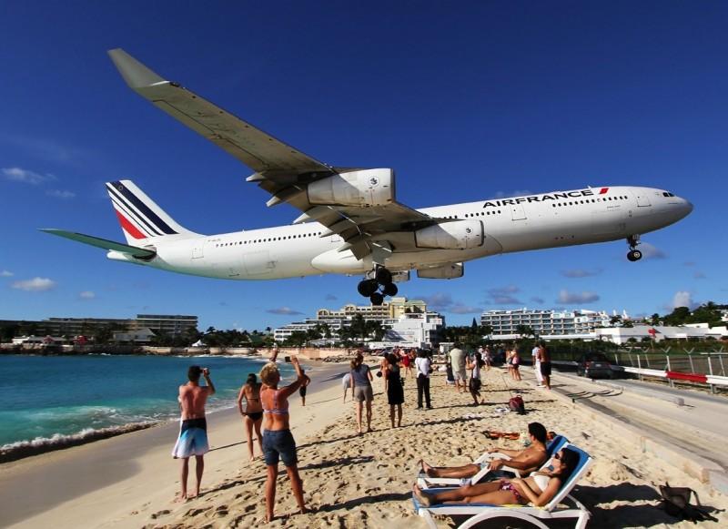 L'aéroport le plus dangereux du monde : sur l'île de Saint-Martin dans les Caraïbes 11