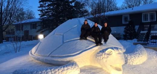 Ces trois frères réalisent de superbes sculptures sur glace 8