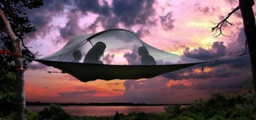 Dormez au plus près des étoiles grâce à cette tente suspendue ! 2